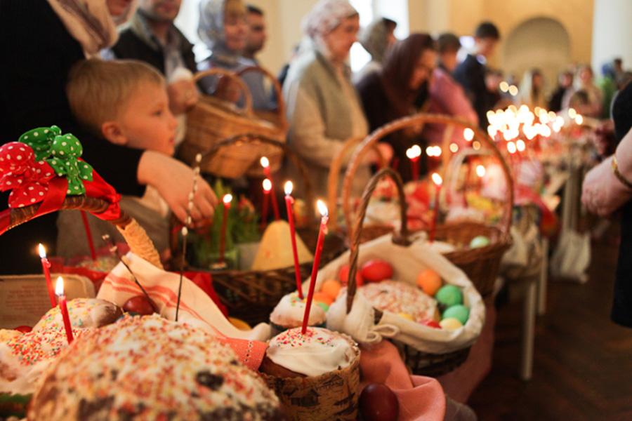 Когда святить Пасху в церкви 2021